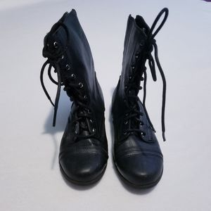 Cherokee little girls size 2 lace up combat boots